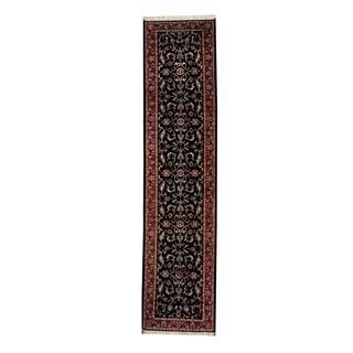 Herat Oriental Indo Hand-knotted Isfahan Wool Rug (2'9 x 11'8)