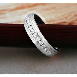 De Couer 10k White Gold 1/2ct TDW Diamond Men's Wedding Band https://ak1.ostkcdn.com/images/products/10326253/P17436737.jpg?impolicy=medium