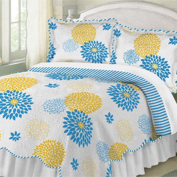 Floral Full Bloom Quilt (Shams Sold Separately)