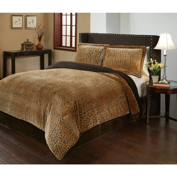 Cheetah velvet plush print 3 piece comforter set free for Bedroom ideas velvet bed