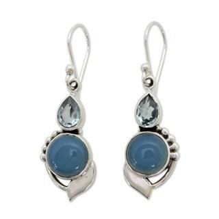 Handmade Sterling Silver 'Modern Romance' Topaz Chalcedony Earrings (India)