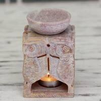 Handmade Soapstone 'Agra Owls' Oil Warmer (India)