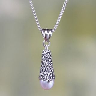 Silver 'White Arabesque Dewdrop' Pearl Necklace (8mm) (Indonesia)