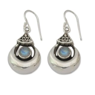 Handmade Sterling Silver 'Goddess Fortunes' Moonstone Earrings (India)