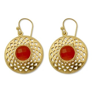 Handcrafted Gold Overlay 'Jaipur Sunshine' Onyx Earrings (India)