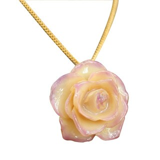 Handmade Gold Overlay 'Pink Caress' Natural Rose Necklace (Thailand)