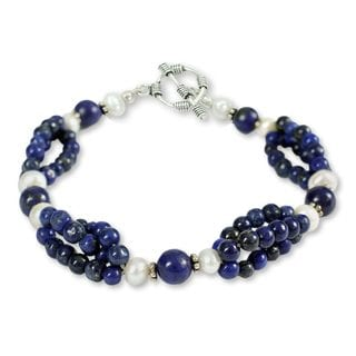 Sterling Silver 'Gulmohar Lady' Lapis Pearl Bracelet (5 mm) (India)
