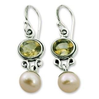 Handmade Sterling Silver 'Golden Light' Pearl Citrine Earrings (8.5 mm) (India)