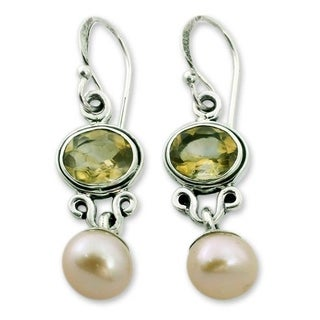 Handmade Sterling Silver 'Golden Light' Pearl Citrine Earrings (8.5 mm) (India)