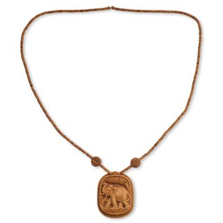 Handcrafted Kadam Wood 'Elephant Realm' Necklace (India)