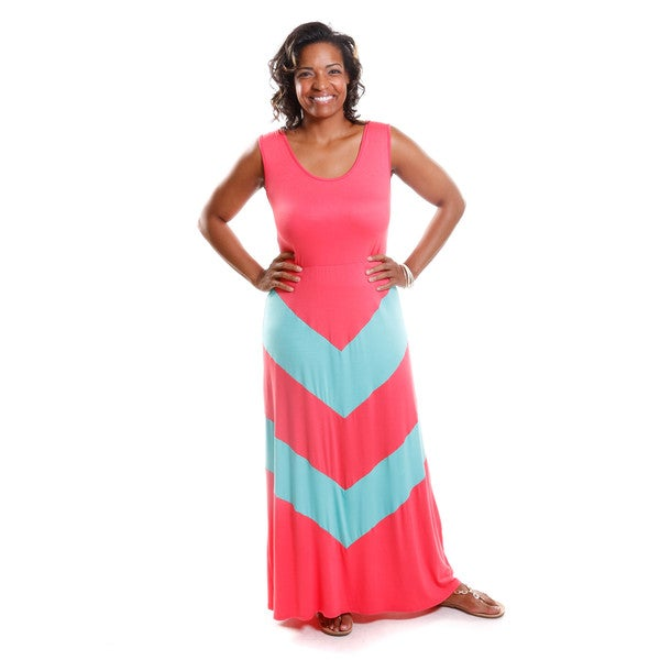 Shop Hadari Women\'s Contemporary Plus Size Chevron Maxi Dress - Free ...