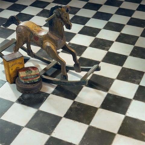 SomerTile 17.63x17.63-inch Royals Damero Ceramic Floor and Wall Tile (5 tiles/11.1 sqft.)