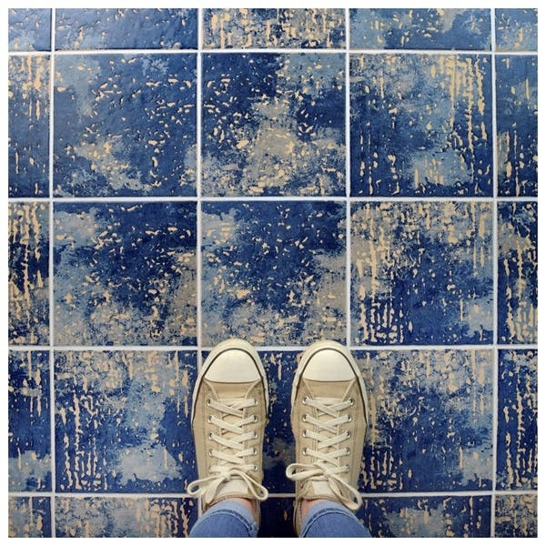Shop SomerTile 7 75x7 75-inch Terra Amata Azul Ceramic Floor and