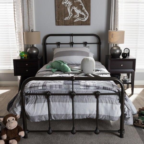 Havenside Home Belvon Vintage Industrial Metal Platform Bed