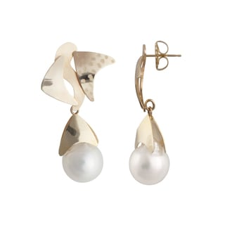 14k Yellow Gold White South Sea Baroque Pearl Stingray Earrings (13-14mm)