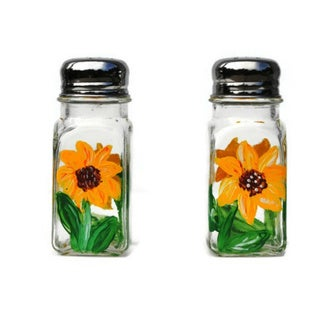 Atkinson Creations Hand-painted Yellow Sunflower Glass Salt and Pepper Shaker Set