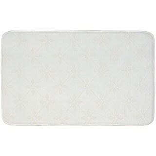 "Nourison Ultra Comfort Geometric Bath Rug (21 x 34) - 21"" x 34"""