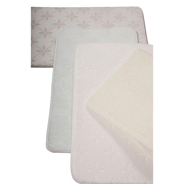 Nourison Ultra Comfort Geometric Bath Rug (21 x 34)