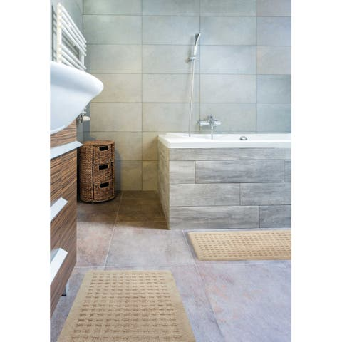 kathy ireland Plush Solutions Geometric Bath Rug by Nourison (1'9 x 2'10) - 1'9 x 2'10