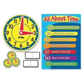 Carson-Dellosa Judy Clock Bulletin Board Set - 1/EA