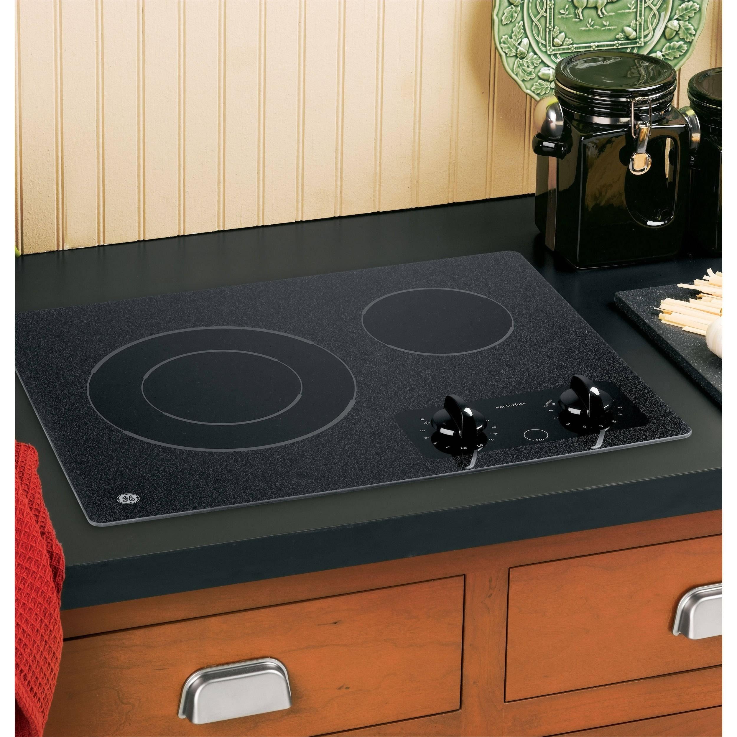 GE 21-inch Electric Radiant Cooktop black