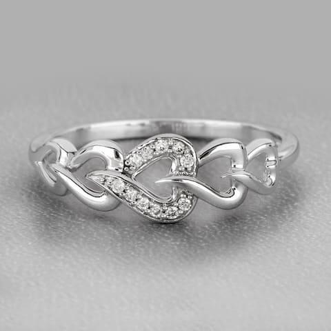 De Couer IGI Certified 10k Gold 1/20ct TDW Diamond Heart Ring