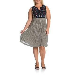 La Cera Women's Plus Size Embroidery Detail Striped Dress