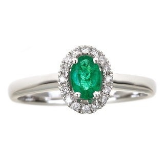 Anika and August 14k White Gold Oval-cut Emerald 1/10ct TDW Diamond Ring (G-H, I1-I2)