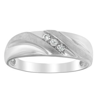 Men's 10k White Gold 1/6ct TDW Three-Stone Diamond Ring (I-J, I1-I2)