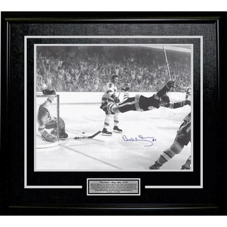 Bobby Orr 'The Goal' Signed 11x14 Framed Photo - Boston Bruins