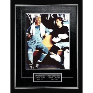 Wayne Gretzky and Gordie Howe 11X14 Collector Photo