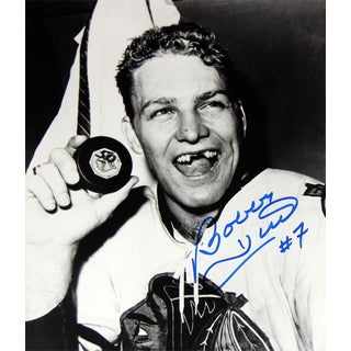 Bobby Hull 8X10 Autographed Photograph - Chicago Blackhawks (50 Goals)