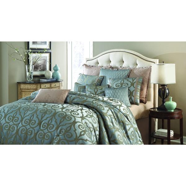 Michael Amini Plaza Suite Comforter Set