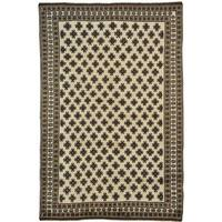Handmade Wool Ivory Traditional Oriental Rectangle Rug (7' x 10')