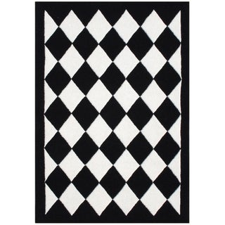 Alliyah Handmade Off-White New Zealand Blend Wool Diamond Rug (5' x 8')