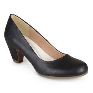 Journee Collection Women's Luu-M Comfort-Fit Round-Toe Classic Pumps (More options available)