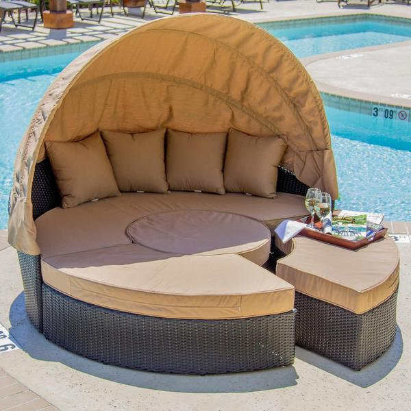 Resin Wicker Outdoor Daybed Sofa: Shop Avery Island Resin Wicker Patio Daybed