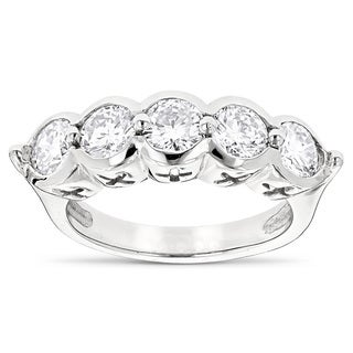 Luxurman Platinum 2 1/4ct TDW Round Diamond Ring (G-H, VS1-VS2)