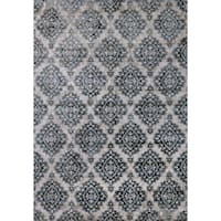 Cappella Floral Diamonds Ivory/ Blue Area Rug (3'11 x 5'3) - 3'11 x 5'3