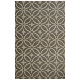 Juniper Diamonds Grey Area Rug (5' x 8')
