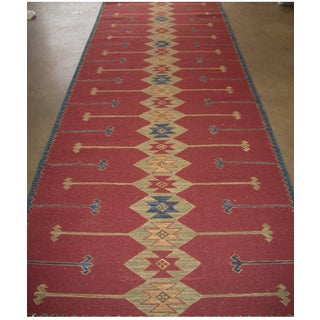 Hand-woven Soumak Abstract Wool Red Rug (4 x 10)
