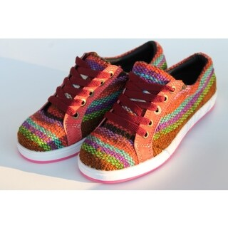 Handmade ANDIZ Women's Handmade Multi-colored, Brown Low-cut Wool Oxford Shoes (Ecuador)