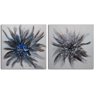 'Perfect Petals' Original Oil Painting on Wrapped Canvas Wall Art (Set of 2)