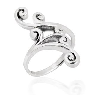 Lustrous Elegant Swirl .925 Sterling Silver Ring (Thailand)