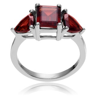 Journee Collection Sterling Silver Garnet 3-stone Ring