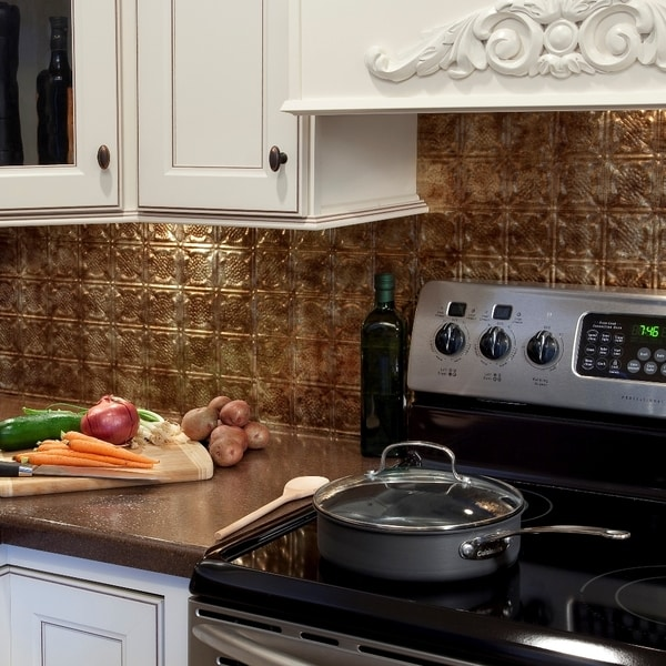 fasade traditional style 6 bermuda bronze 18 in x 24 in backsplash