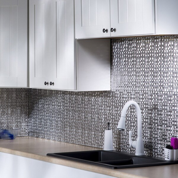 fasade terrain crosshatch silver 18 in x 24 in backsplash panel