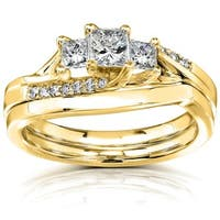 Annello by Kobelli 14k Yellow Gold 1/2ct TDW Princess Diamond Curved Three Stone Bridal Ring Set