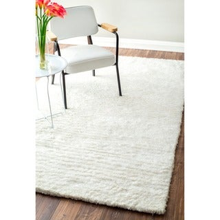 nuLOOM Handmade Soft Plush Shag Rug (7'6 x 9'6) in White (As Is Item)