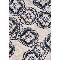 Cappella Floral Ivory Area Rug (5'3 x 7'7) - 5'3 x 7'7